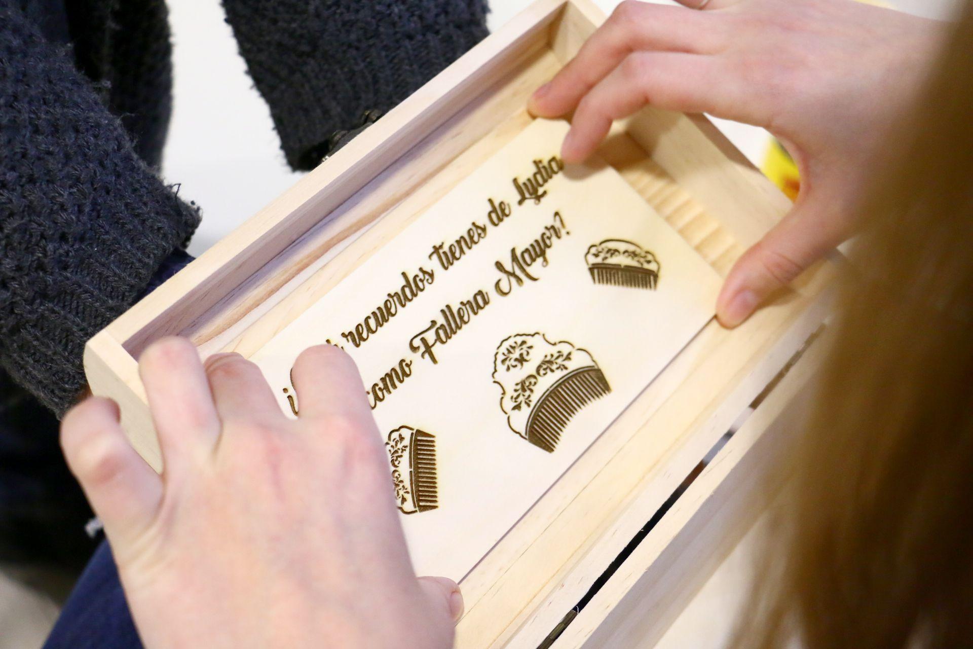 caja personalizada con siluetas todostencil