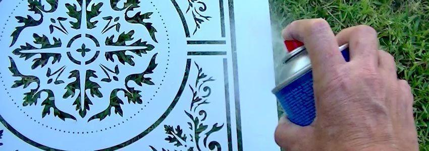 aplicar adhesivo en spray