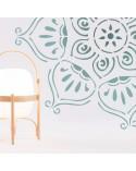 <h2>Wand Stencil Rosette 008</h2> <p>Ungefähre Grössen:</p> <ul> <li>Stencil: 90 x 90 cm</li> <li>Design: 81 x 83 cm</li> </ul> <p>* Figur der gewünschten Grösse.</p>