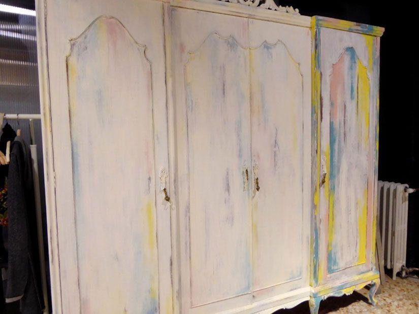 restaurar armario con chalk paint y stencil de TodoStencil