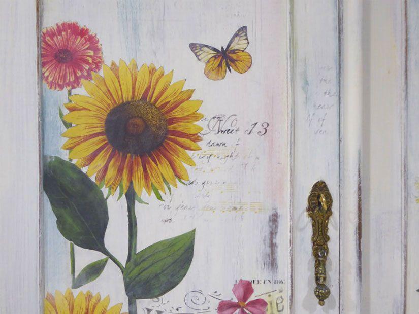 Armario restaurado con chalk paint y plantillas de Todo Stencil