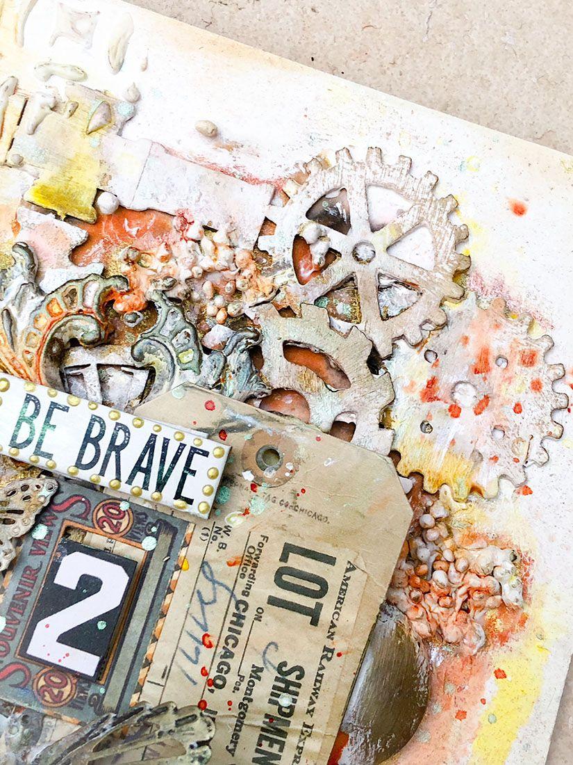detalle fondo mixedmedia con stencil y siluetas de cartón de TodoStencil