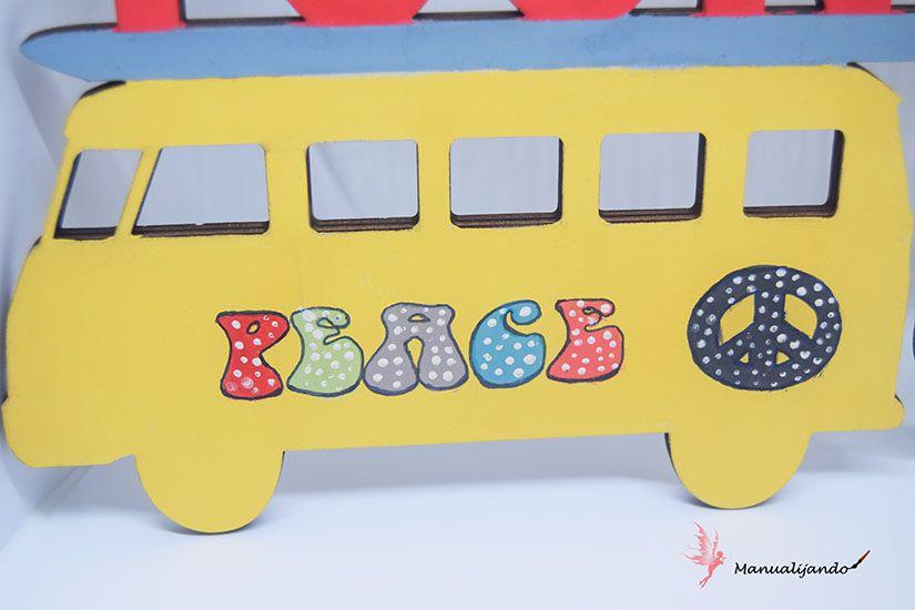 furgoneta de madera decorada con Mya chalk paint