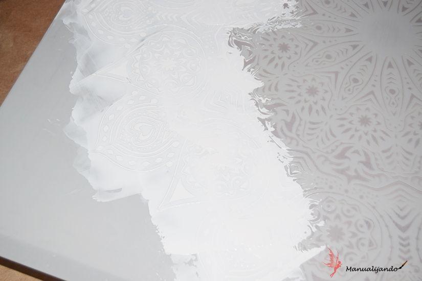Tapacontador con Mya chalkpaint y stencil XXL mandala de TodoStencil