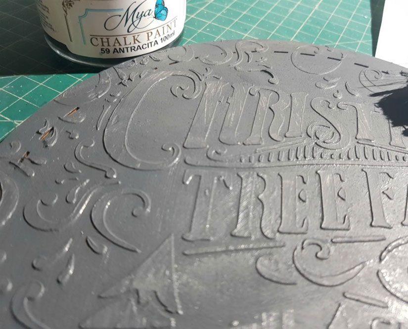 Cartel reversible de madera con stencil y Mya chalkpaint de TodoStencil