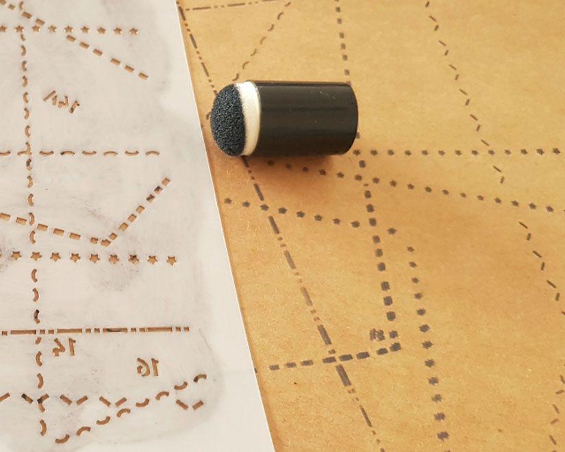 Carpetilla midori decorado con stencil Entretela de Todo Stencil