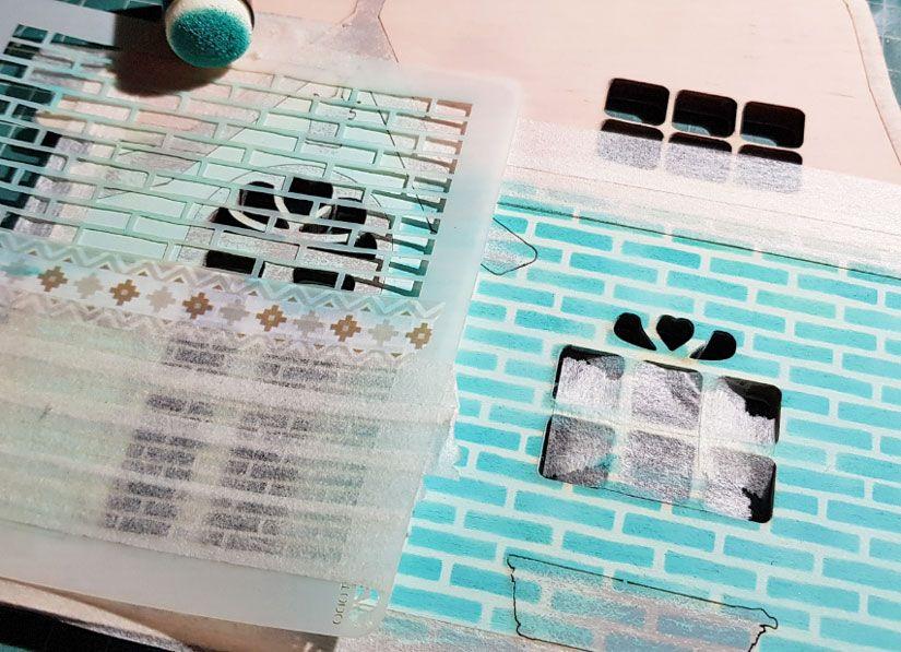 Cabaña primaveral decorada con stencil y Mya chalk paint de Todo Stencil